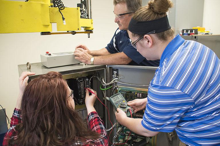 Machinery Repair Assistant (CG)